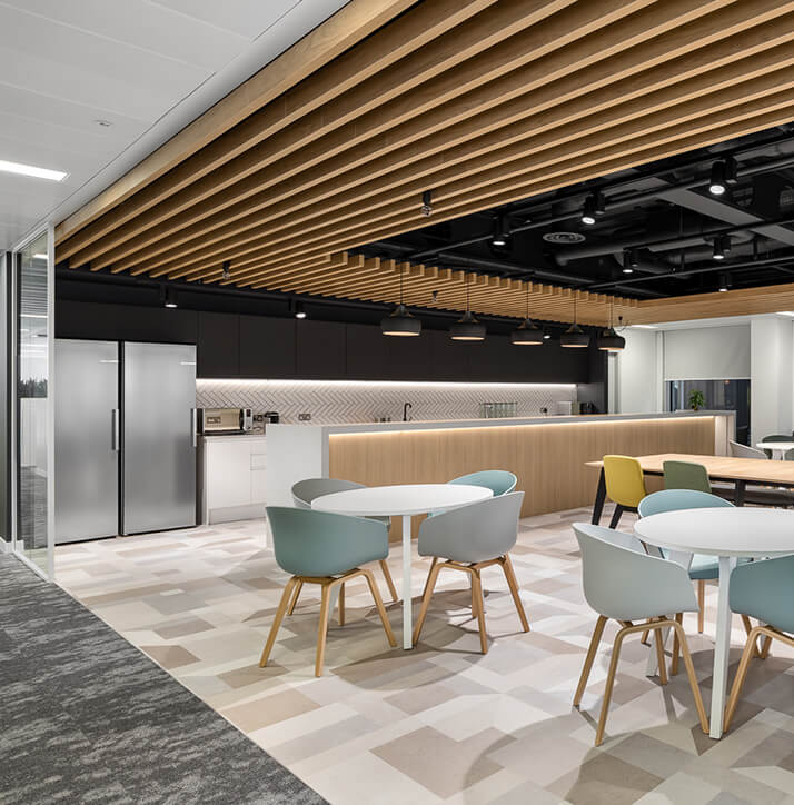 Project flooring with high-level sophistication at Sanlam Wealthsmiths